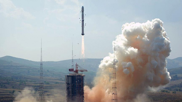 Çin uzaya 150 taşıyıcı roket fırlatacak
