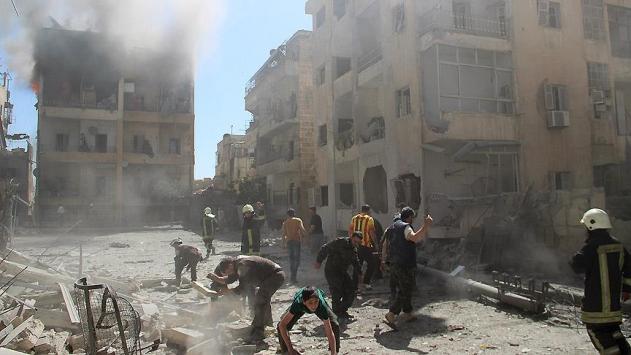 Rus savaş uçakları Halep'i vurdu