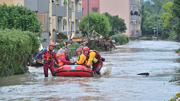 Almanya'da kent merkezi sular altında kaldı