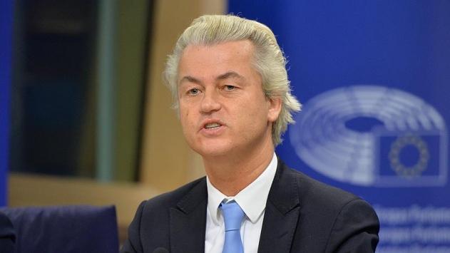 Aşırı sağcı Wilders'ten camileri kapatma vaadi