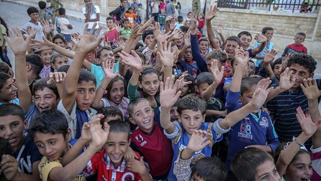 Cerablus'a bir haftada bin 700 Suriyeli döndü