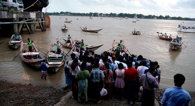 Myanmar'da Müslümanlar hala evlerine dönemiyor