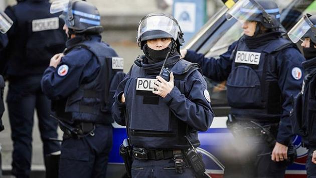 Paris'e turizm polisi talebi