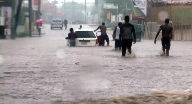 Karayipler'i vuran Matthew Kasırgası 11 can aldı