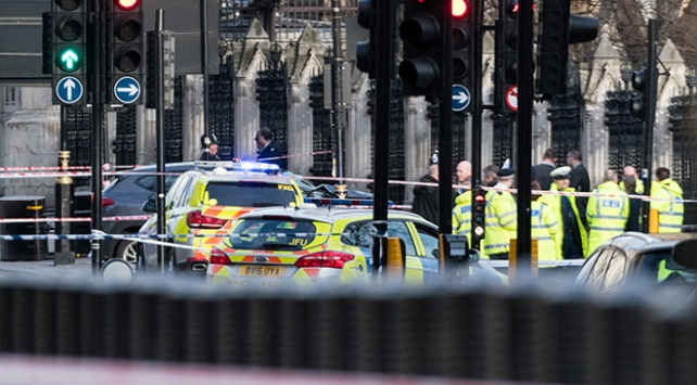 Londra'daki terör saldırısı 82 saniye sürmüş