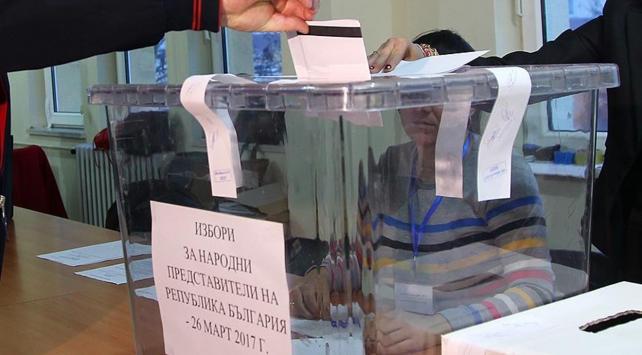 Bulgaristan'da milyonlarca seçmen sandığa gidiyor