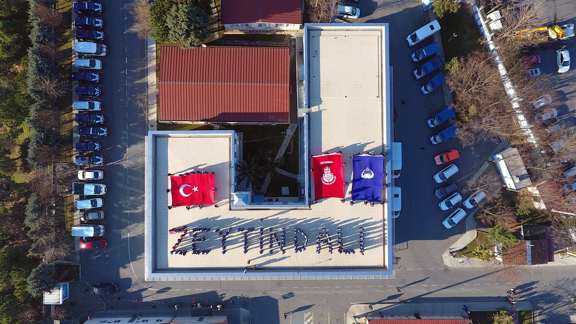 İstanbul Büyükşehir Belediyesi Zabıtasından Zeytin Dalı Koreografisi
