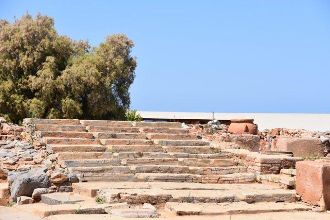 Malia'nın Gizemleri Girit'e Ziyaretçiler Kazandı
