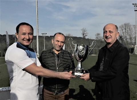 Konsolosluklar Arası Futbol Turnuvası Riva'da düzenlendi