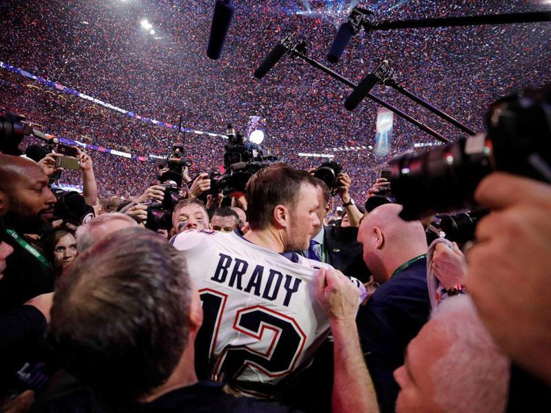 Patriots, 6'ncı Super Bowl kupasını kazandı