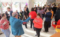 Edirne Belediyesi Engelsiz Yılbaşı Partisi Düzenledi