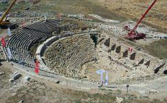 2200 yıl önce yapılan Batı Tiyatrosu'nun restorasyonu tamamlanacak