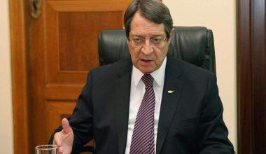 Anastasiades, Tatar ile Kıbrıs müzakerelerini yeniden başlatmaya hazır olduğunu söyledi