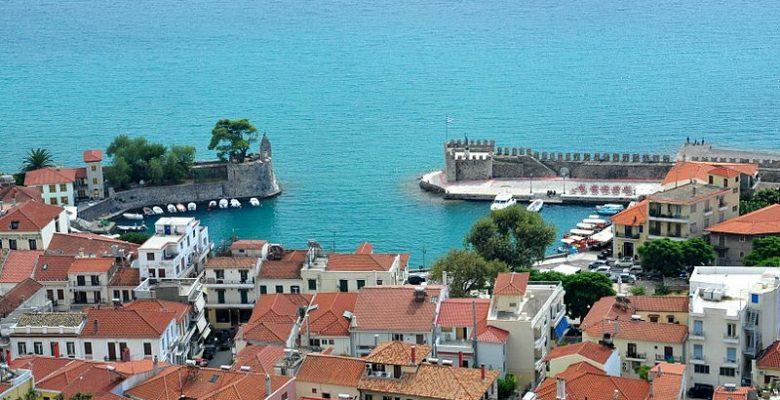 Nafpaktos'un Venedik Limanı ve Kalesini Keşfetmek Sizi Başka Bir Zamana Taşıyor