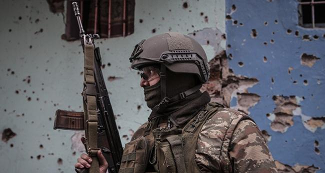 Teröristlerin mayın üretim yeri imha edildi