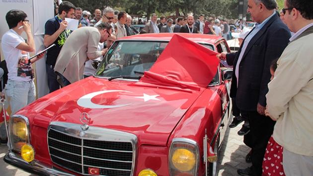 Ankara'da klasik otomobiller yarıştı