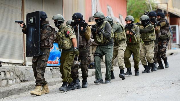 Teröristlerin kaçma girişimi son anda önlendi