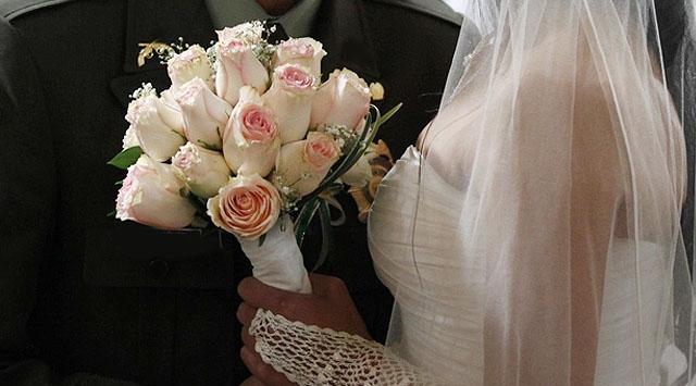 Evlenmek için 06.06.2016'yı seçtiler