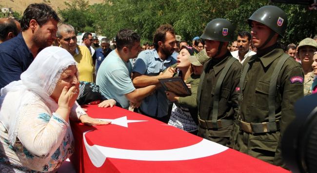 Şehit Jandarma Uzman Çavuş Avcı son yolculuğuna uğurlandı