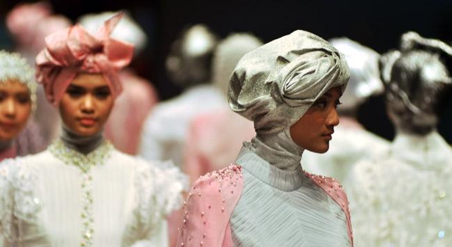 New York Moda Haftası'nda ilk kez tesettür defilesi