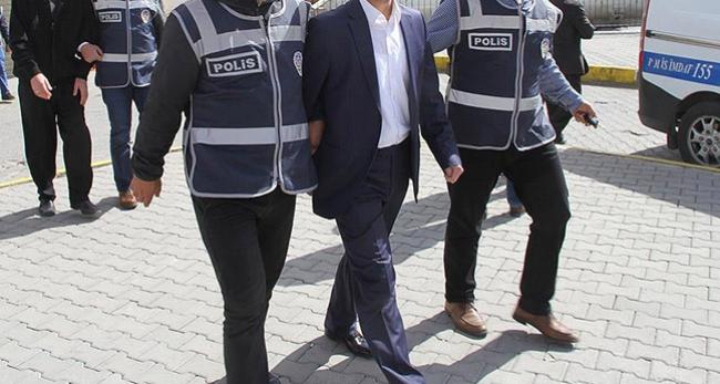 Uşak Üniversitesi'nde 6 akademisyen gözaltında