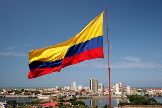 Kolombiya'da halk barış için gösteri düzenledi