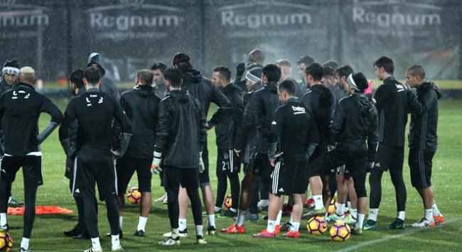 Beşiktaş Antalya'da çalışmalarını sürdürdü