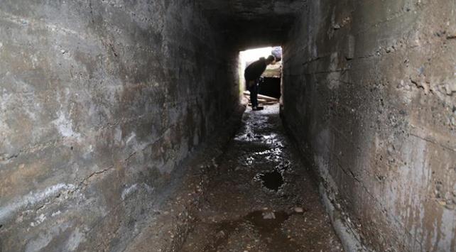 PKK'lı teröristler, Sincar'da tünel kazıyor