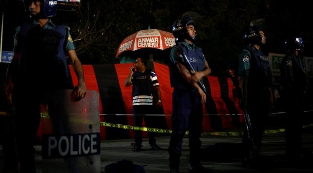 Bangladeş'te intihar saldırısı