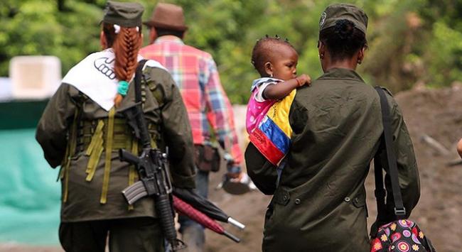Kolombiya'da şidddet olayları insanları evinden ediyor