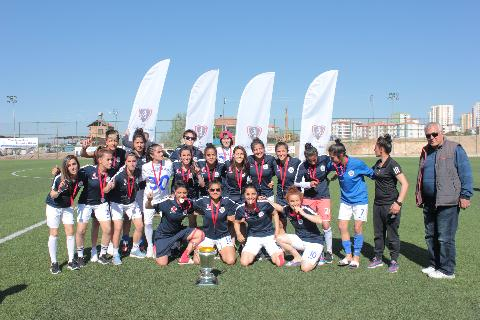 Kadınlar 2. Ligi'nde Şampiyon Alg Spor