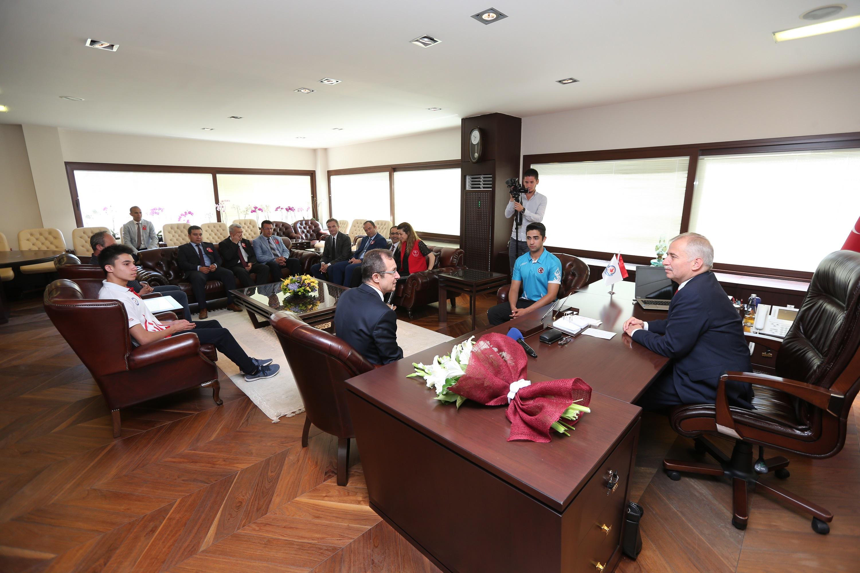 Başkan Osman Zolan'a Gençlik Haftası ziyareti
