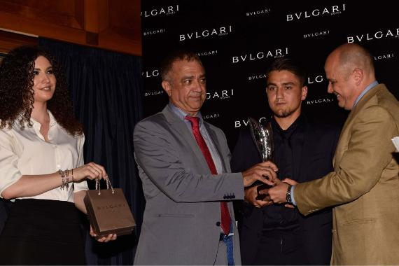 """Cengiz Ünder, """"Yılın En Başarılı Yabancı Genç Oyuncusu"""" seçildi"""