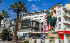 """Denizli Büyükşehir Belediye Başkan Zolan: """"Öğrencilerimize 3,6 milyon TL destek vereceğiz"""""""